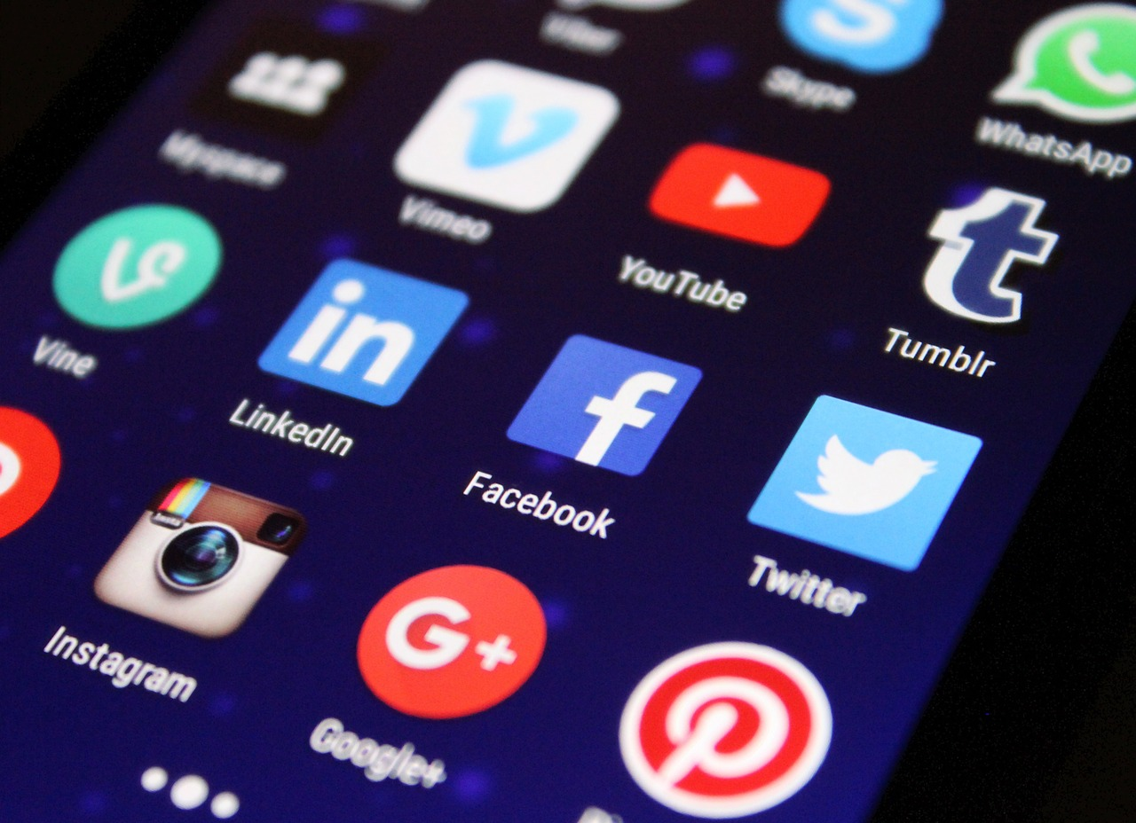¿Es legal grabar una conversación telefónica a través de una app?